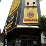 san-nhua-dung-cho-quan-karaoke