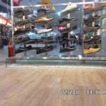 Sàn Nhựa Giả Gỗ Cho Shop Thời Trang - ÁĐông Floor.